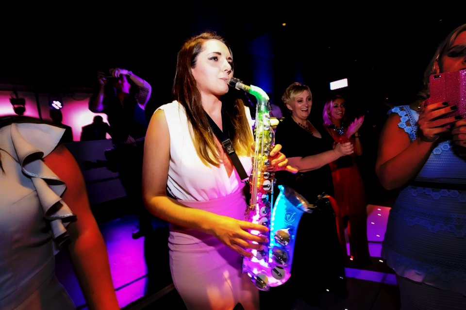saxophonsist wedding entertainment